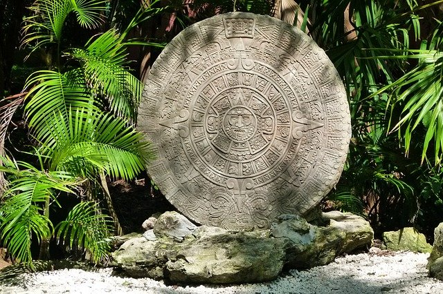 aztec calendar cycles of time